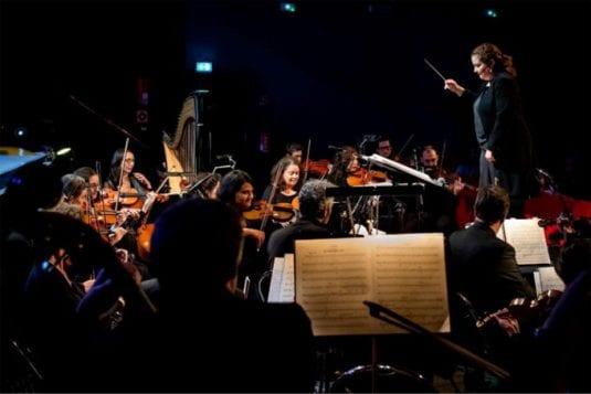 Photo de Une des rares femmes cheffe d'orchestre française à Kanfen pour le concert de nouvel an 2019